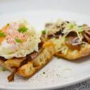 Brunch comme je les aime: Toast, cèpes et oeuf poché (inratable)