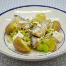 Salade tiède : sardines, poireaux crus et cuits, feta, pommes de terre