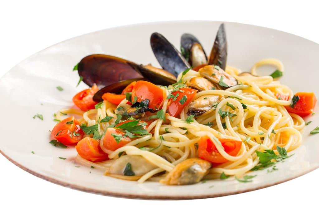 Spaghetti aux fruits de mer - Pates aux fruits de mer recette italienne ...